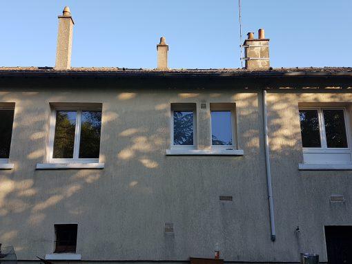 Remplacement des menuiserie d'une maison d'habitation à Badecon le pin 36200