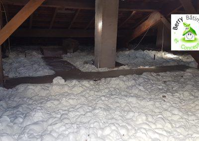 Isolation d'un plancher de combles perdus à Badecon le pin, 36200 (INDRE, CENTRE)